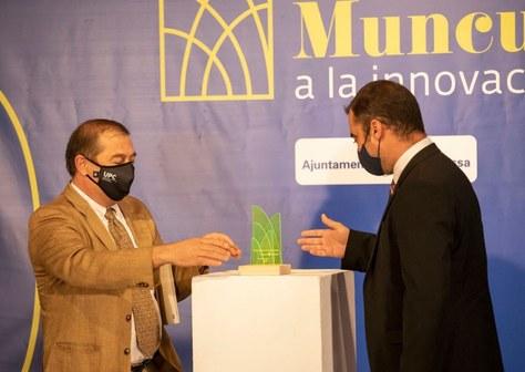 L'Ajuntament de Terrassa lliura a la UPC el premi honorífic a la Innovació Lluís Muncunill 2020
