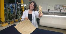 Una estudiant de la UPC-ESEIAAT obté un nou teixit dels residus del blat de moro per fabricar teles d'usos agrícoles