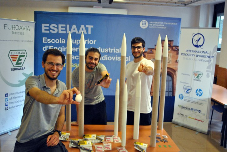 Estudiants de l'ESEIAAT organitzen el concurs internacional universitari de construcció de coets