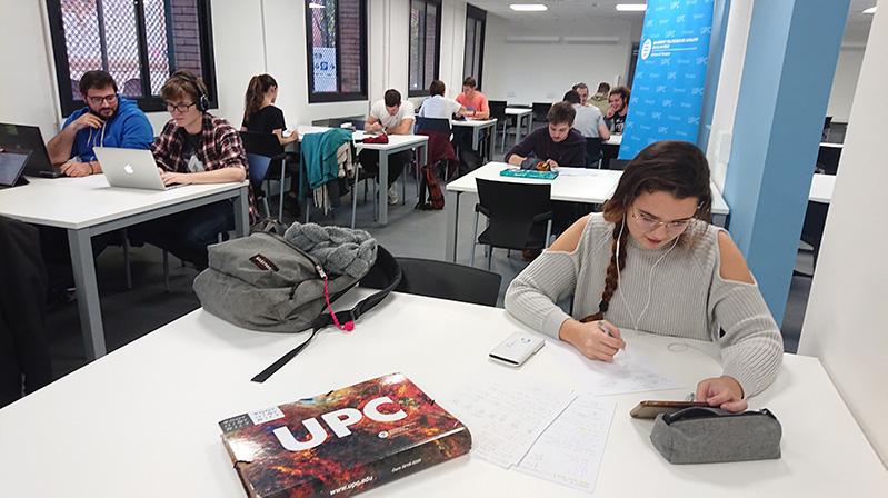 """La UPC inaugura a Terrassa """"l'Espai 24"""""""